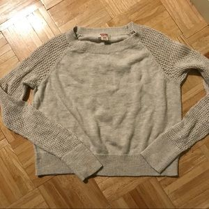 ✨3 for $10✨Mossimo Beige Crop Sweater S/M